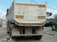 משאיות פשטו על רחוב הראשונים