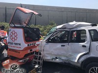 תאונה בין אוטובוס לרכב פרטי – פצוע קשה