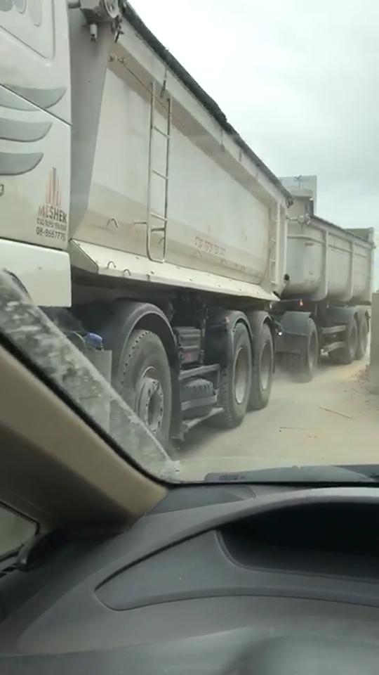 2משאית