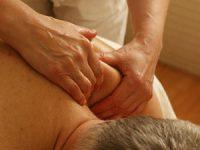 מתיחת רצועה בכתף