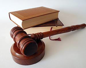 איך בוחרים עורך דין לחברת ביטוח?