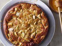 עוגת תפוח בדבש – אפשר להכין עם הילדים!