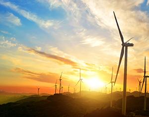 אנרגיה מתחדשת: השקעה עם מחשבה לעתיד
